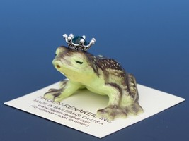 Birthstone Frog Prince Kissing May Emerald Miniatures by Hagen-Renaker
