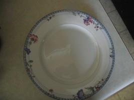 Oneida La Fiesta dinner plate 7 available - $4.90