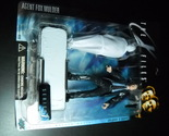 Toy x files mcfarlane 1998 series one agent fox mulder with shrouded figure moc 01 thumb155 crop
