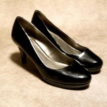 "Bandolino Womens MyOne Sz 9.5 M Black Patent Leather 4"" Career Pumps - $24.99"