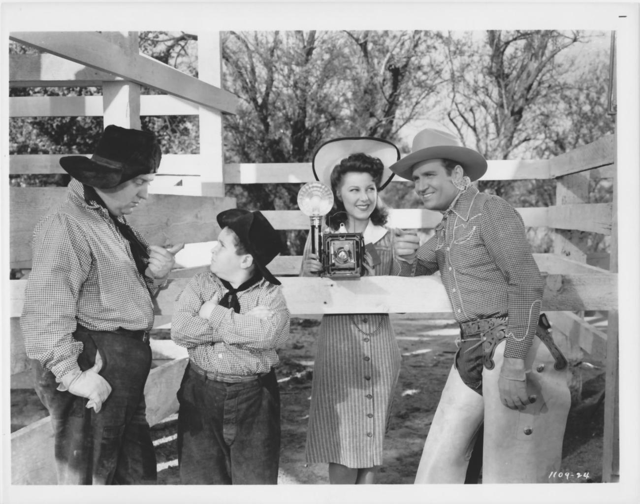 Gene Autrey Smiley Burnett Tad Pole 8x10 Photo 1670202