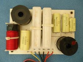 Peavey 112Ti , 2 way Crossover 200 watts RMS - $38.00