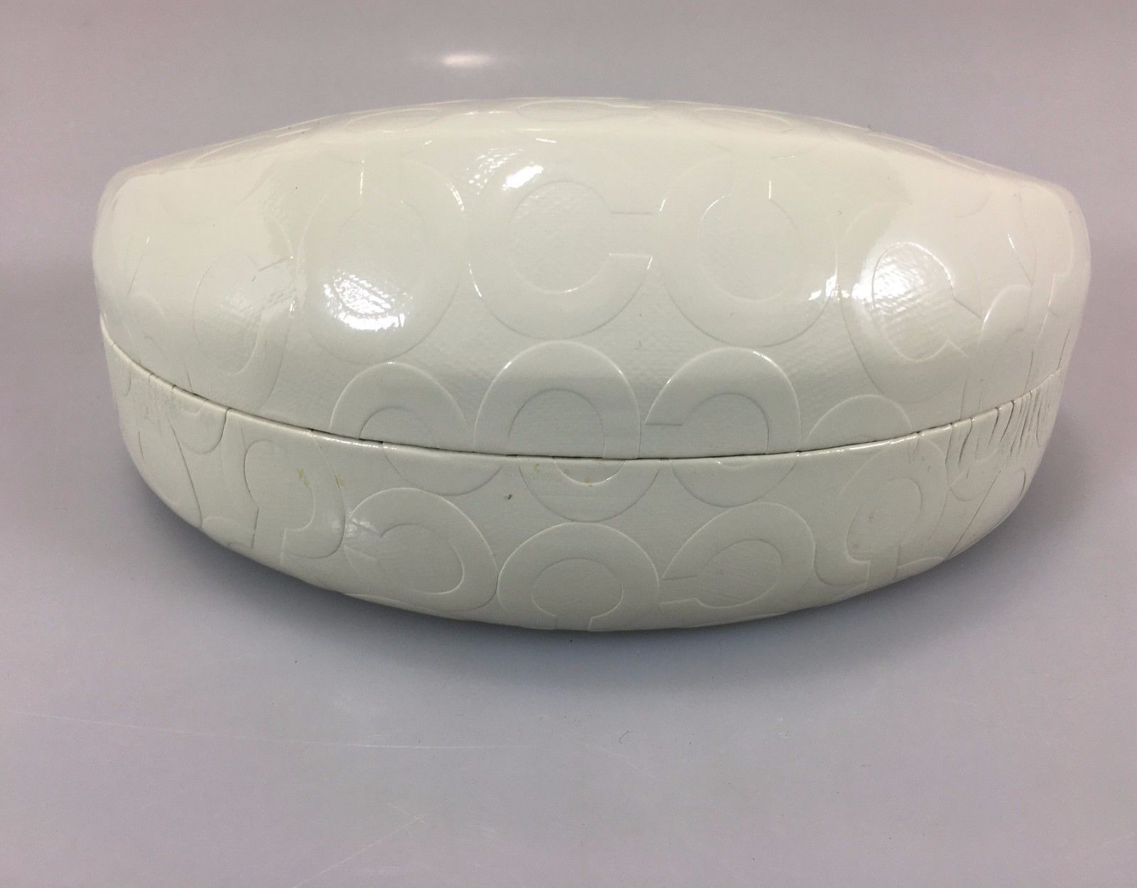 Coach White Signature Eyeglass Glasses Case Hard Clamshell 6 1/2 x 3 1/4 x 3