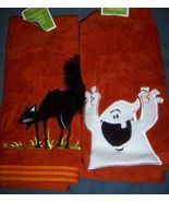 Halloween Set of 2 Hand Towels Ghost Black Cat NEW - $8.00