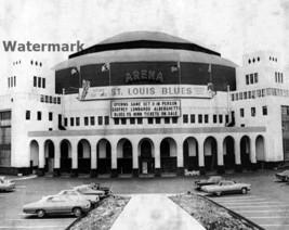 St. Louis Arena / Checkerdome St. Louis Blues - Spirit of St. Louis 8 X ... - £4.61 GBP