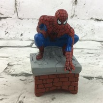 Marvel Spider-Man Figure Crouching Chimney PVC Comic Book Hero Toy 2002 - $14.84