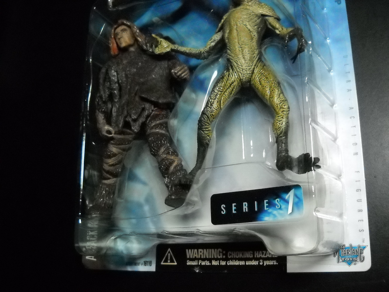 X Files Series 1 Attack Alien Figures Sealed