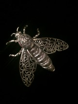 60s Alice Caviness silver filagree bee/bug/insect brooch with moveable wings image 6