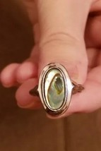 Avon ladies ring silver tone oval abalone petite size 6 - $5.00