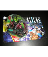 Kenner Aliens Bull Alien with Face Hugger 1992 Factory Sealed with Comic... - $10.99