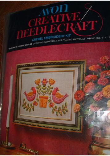 CREATIVE NEEDLECRAFT CREWEL EMBROIDERY / BIRDS & BLOSSOMS
