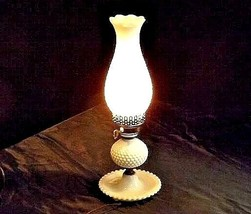 Hobnail Electric Lamp AA18 - 1011 Vintage image 1