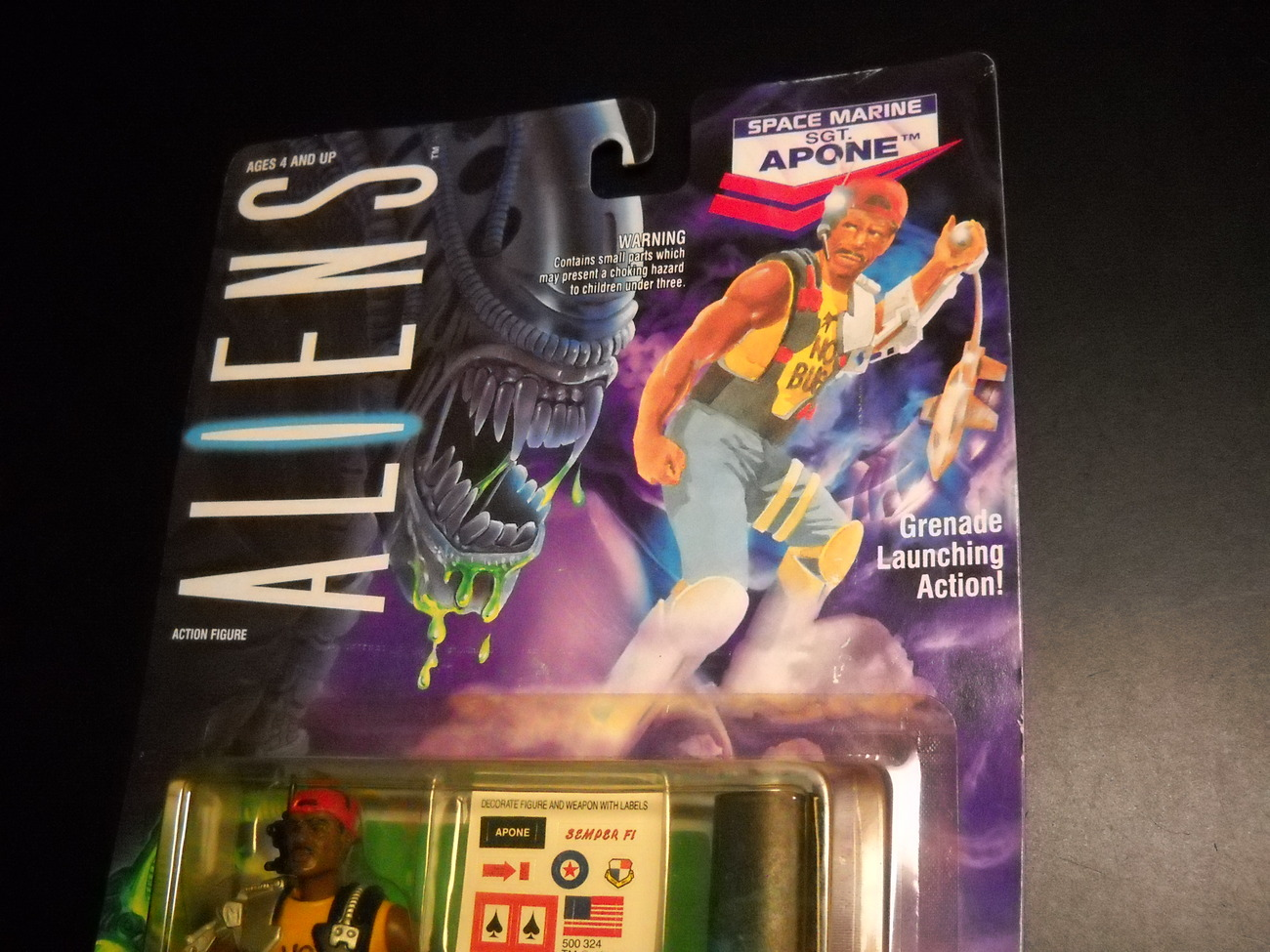 Kenner Aliens Sgt Apone Space Marine 1992 Still Factory Sealed with Comic Book
