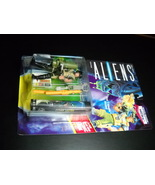 Kenner Aliens Corp Hicks Space Marine 1992 Still Factory Sealed with Com... - $10.99