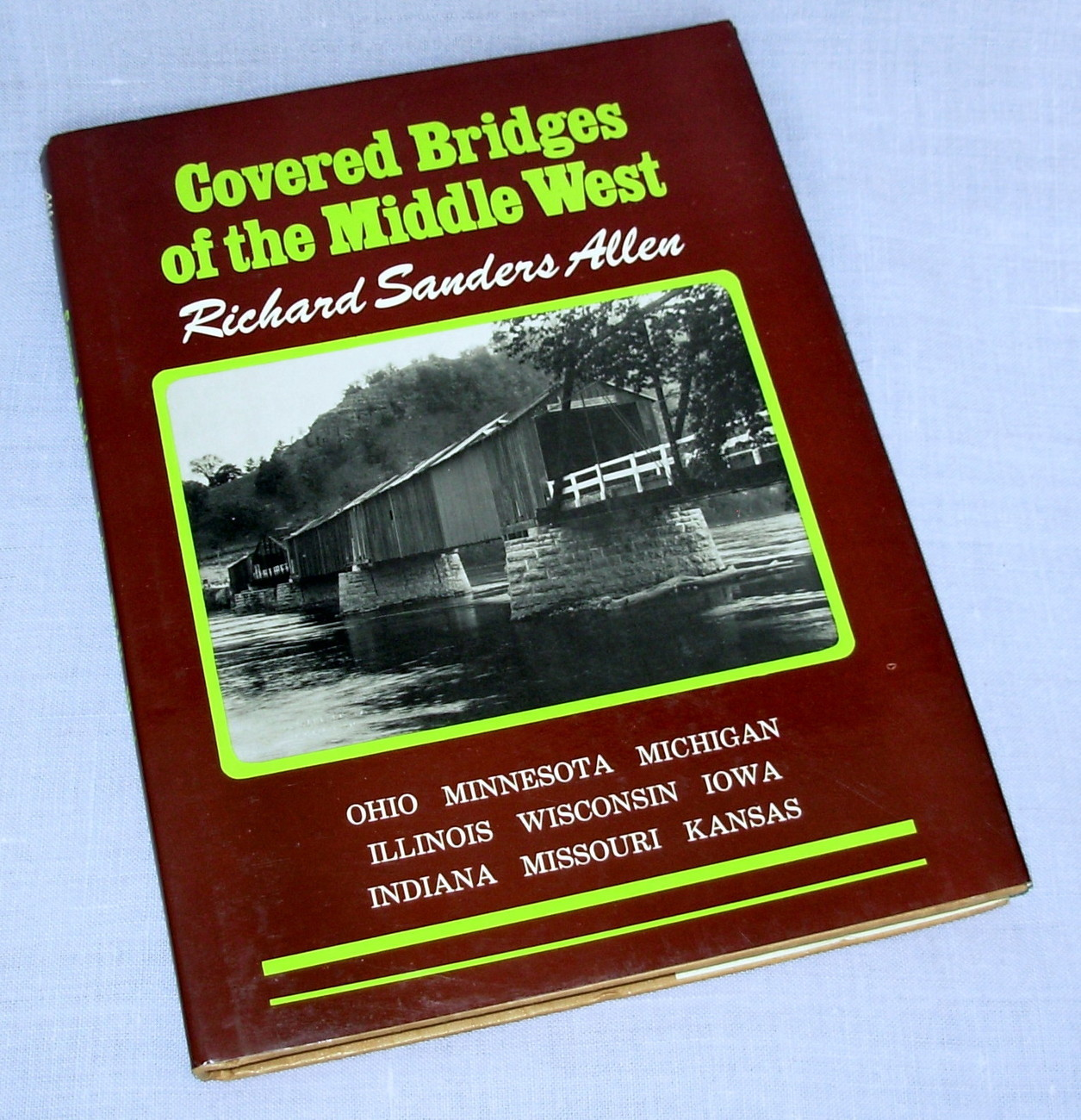 Covered Bridges of the Middle West hardboung dj Allen 1970