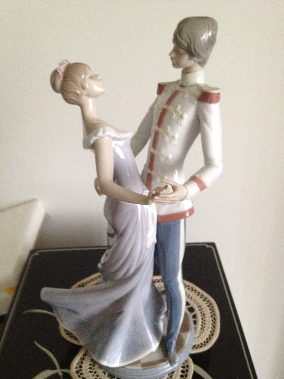Primary image for Lladro ~ At the Ball # 5398  retired ~ Mint Condition ~ Large, Beautiful Figurin