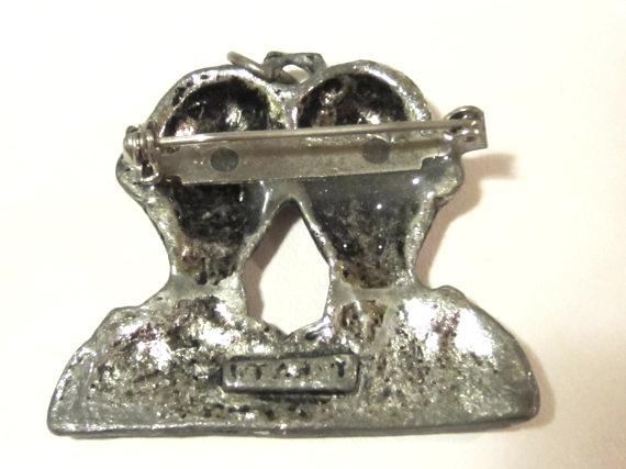 Vintage jewelry silvertone signed Italy brooch pendant