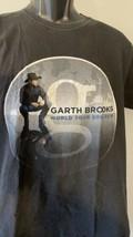 Garth Brooks men's Concert T-Shirt Mediim Hanes World Tour 2014-16 - $29.47