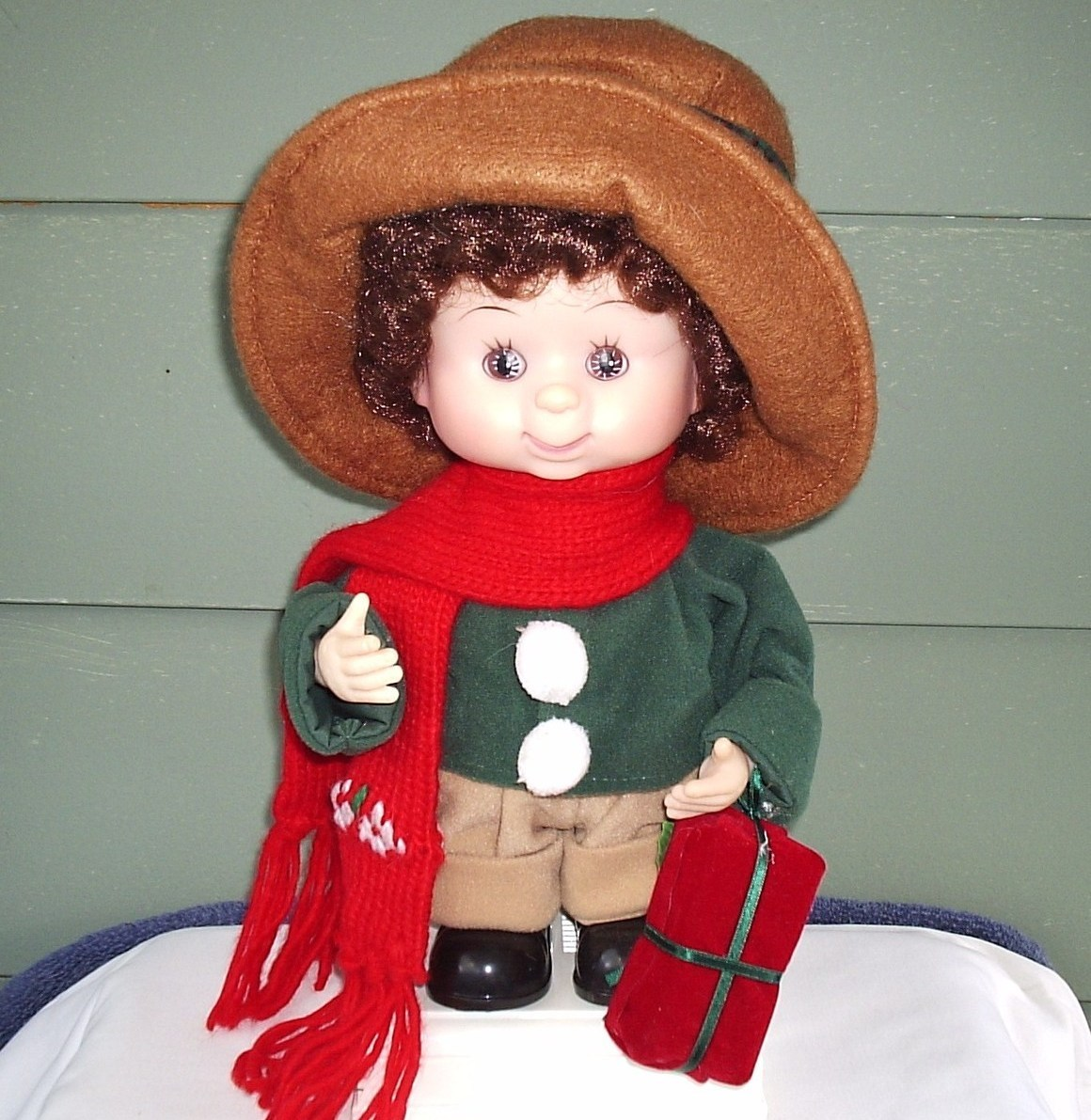 Christmas Animated Girl Doll Display Collector Item
