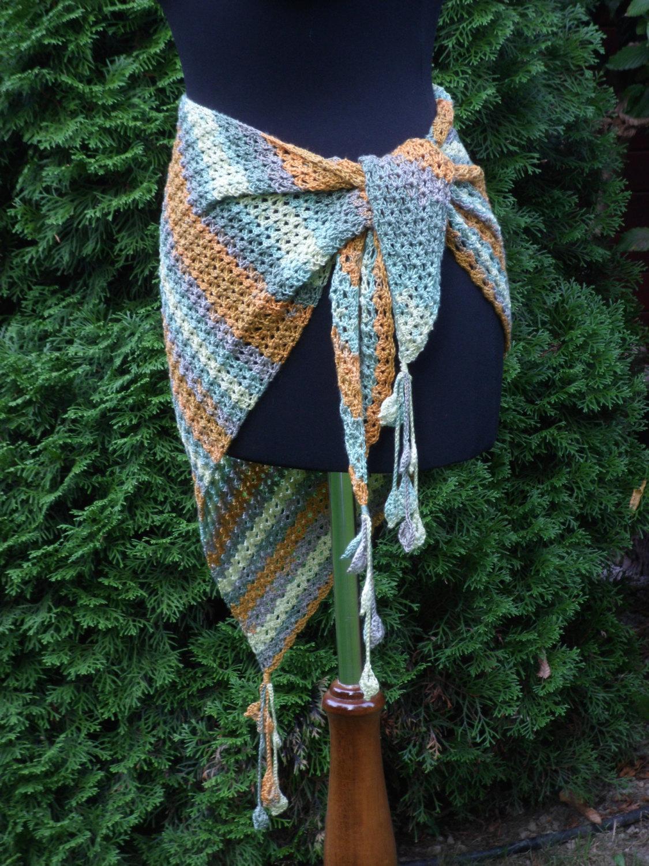 Crochet triangle Shawl, Wrap crochet Shawl, tassels with flowers, Baktus scarf