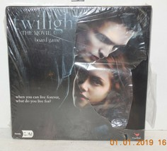 2009 Cardinal Twilight The Movie Board Game Family - $10.63