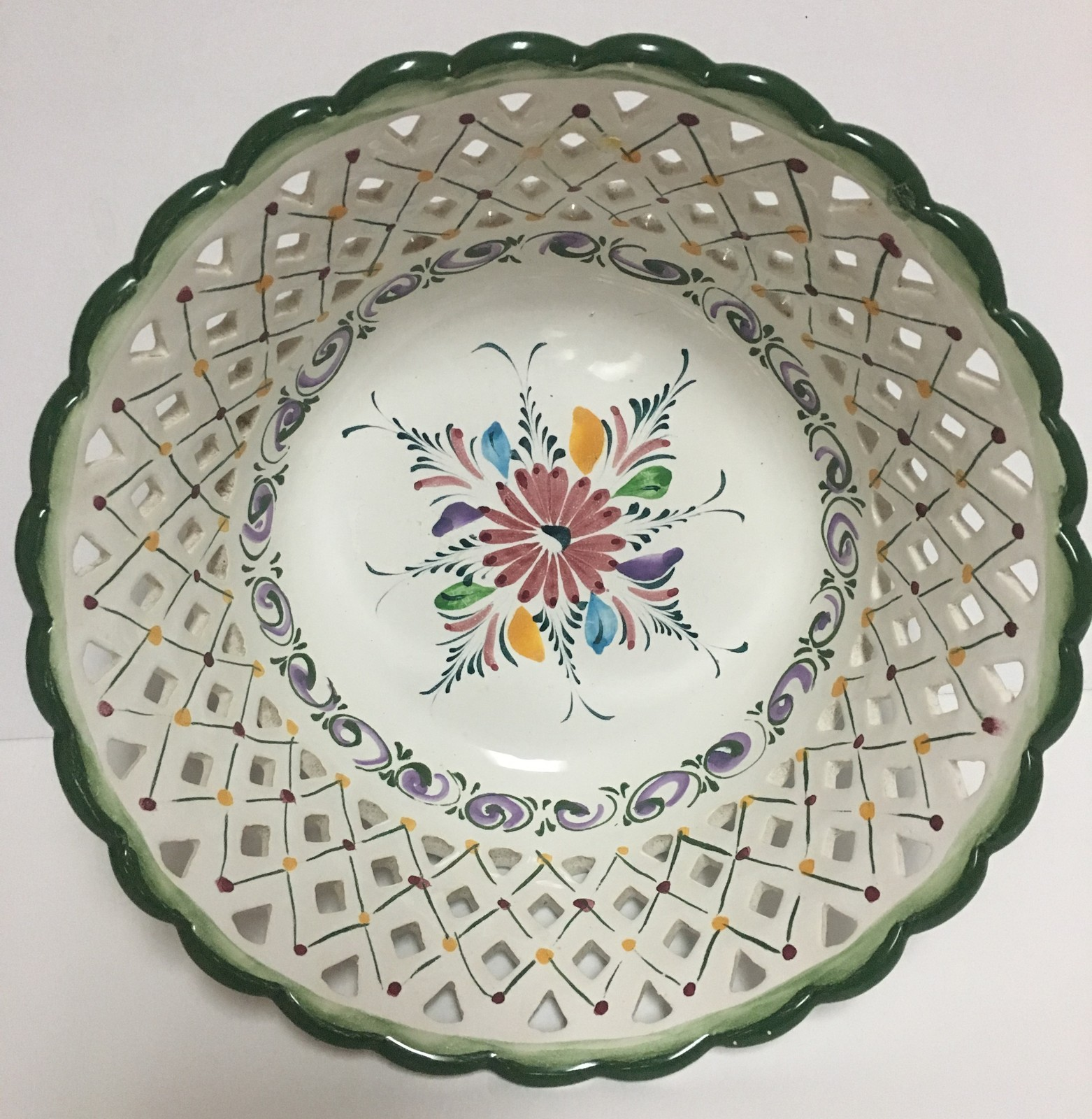 "Hand Painted Portuguese Lattice Bowl 10"""