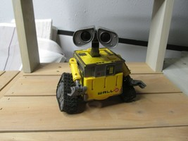 Disney Wall-E i-Dance Speaker Thinkway Toys 6 inches - $49.49