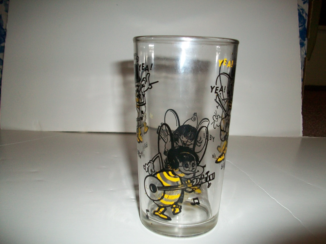 1960's Billy Bee Honey Glass Beatles Yea! Yea! Yea!