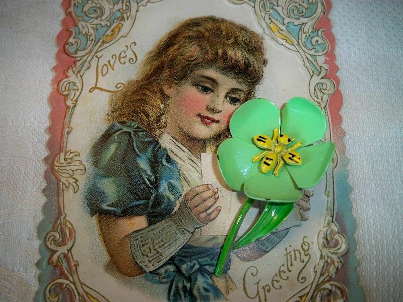 Vintage floral bug brooch1