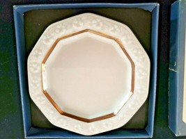 Rosenthal Classic Rose Collection Small Plate / Saucer In Box Germany - $37.40