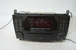 2006 2007 MERCEDES BENZ CCLASS RADIO CD PLAYER OEM A2038704689 TESTED Y5... - $59.40