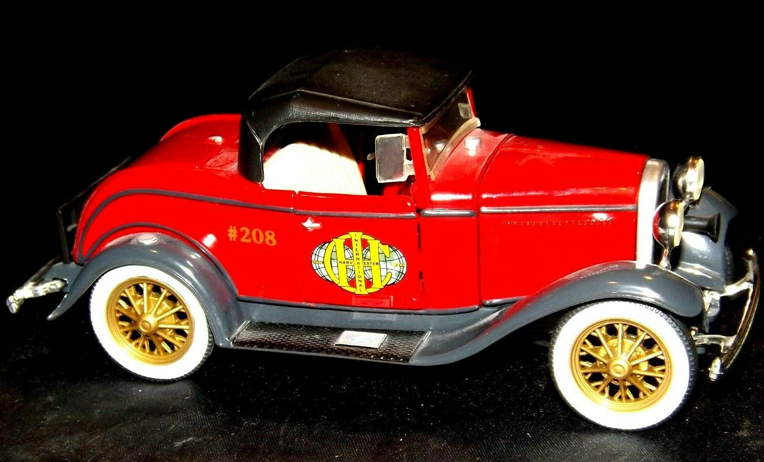 ERTL 1930 Ford Model A Convertible Roadster Bank AA19-1629 Vintage #208