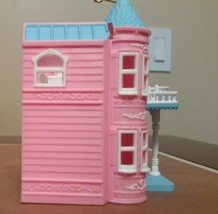 Hallmark 1999 Barbie Dream House ornament NEW in Box Keepsake Handcrafted Kelly - $39.99