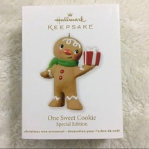 Hallmark Keepsake One Sweet Cookie Special Edition 2012 Christmas Ornament New - $9.89