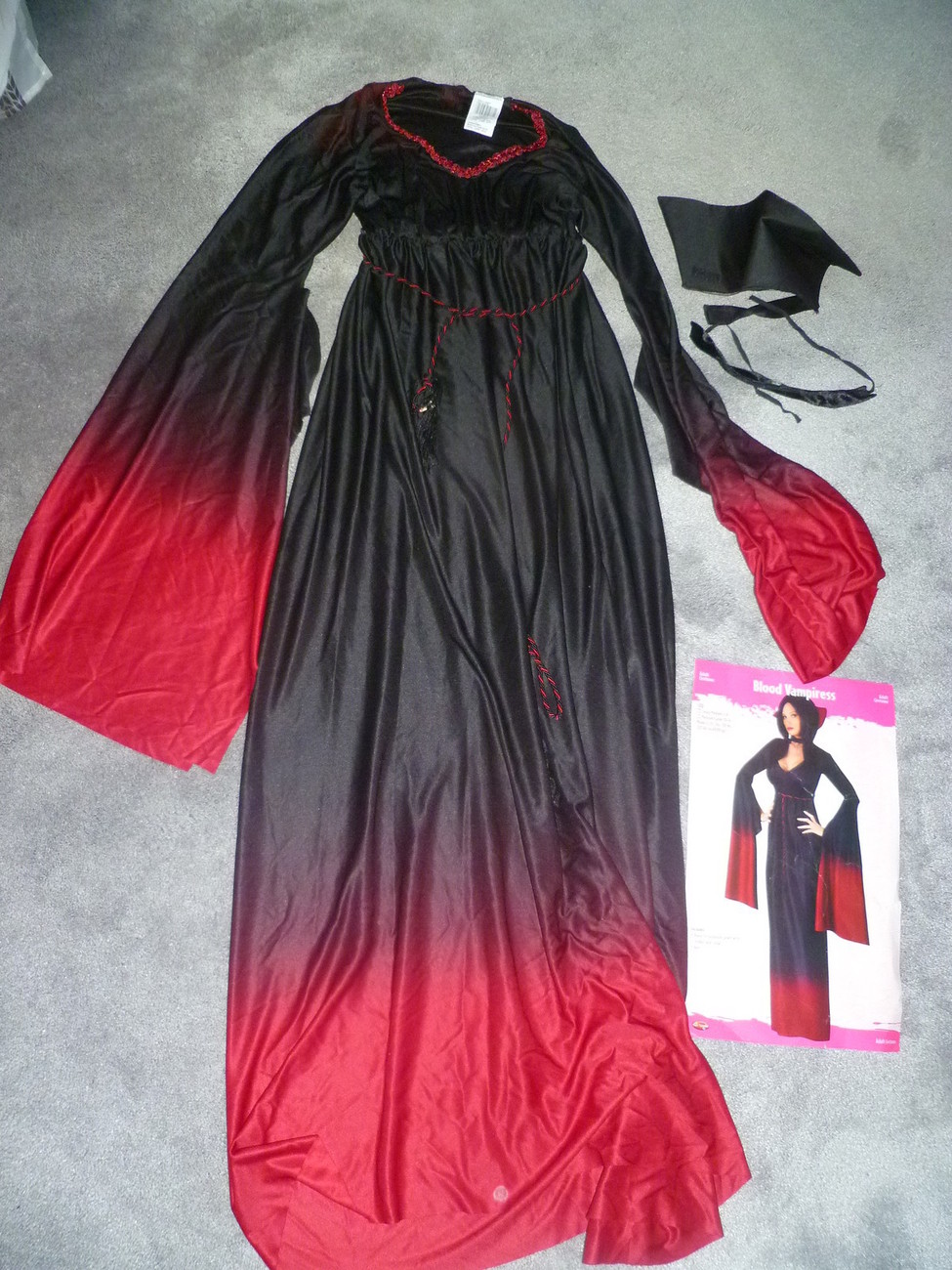 Primary image for ADULT BLOOD VAMPIRESS HALLOWEEN COSTUME SIZE 2 - 8
