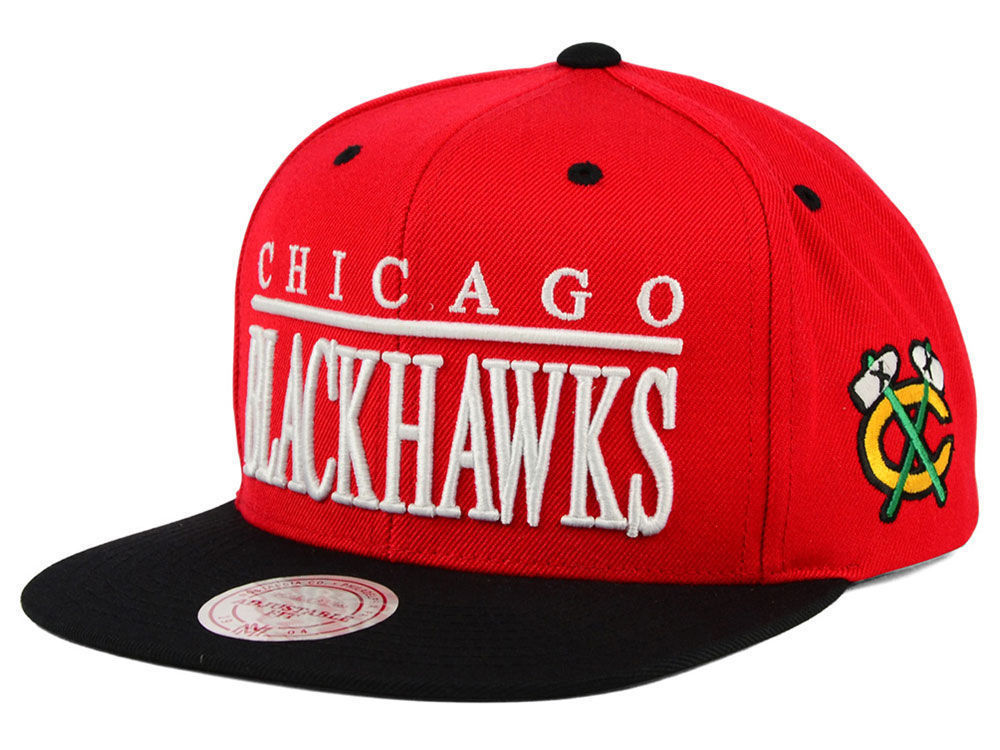 size 40 ce8de 8e6fc Chicago Blackhawks Mitchell   Ness NHL Top and 46 similar items. 57