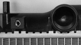 RADIATOR TO3010135 FITS 01 02 03 04 05 06 07 TOYOTA HIGHLANDER L4 2.4L image 4
