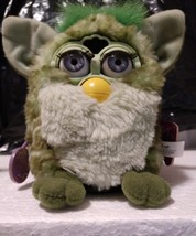 Original  Furby Tiger Electronics Model 70-800 1999 with Tags Green - $965.25