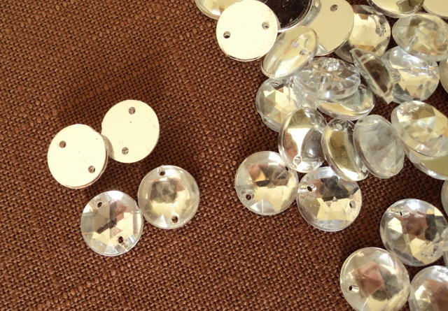 "Primary image for 1 Package 70 3/8"" Round Facetted Sparkly Crystal Silver Lucite Beads Free Ship"