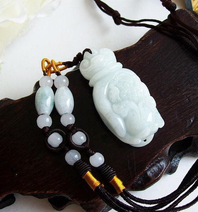 Primary image for Free shipping - Rare  Natural green  jade jadeite carved Buddha hand / buddha ha