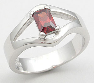 CLEARANCE S. SILVER RING - Garnet Color Size 5 (2 left)