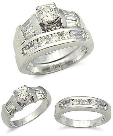 STERLING SILVER CZ WEDDING RING - size 9