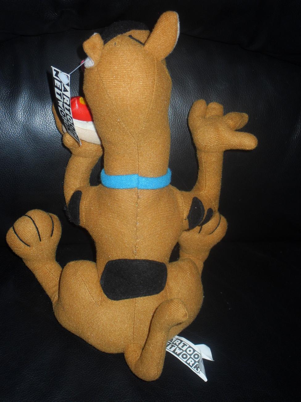 1998 Hanna-Barbera Scooby Doo With Vinyl Hotdog 12 Inch Stuffed Toy