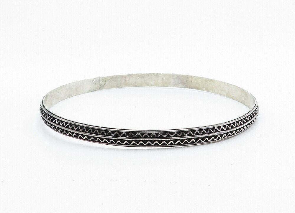 925 Sterling Silver - Vintage Dark Tone Wavy Detail Bangle Bracelet - B6044 image 2