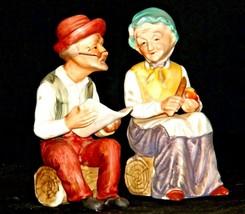 Man and Woman Figurine Japan S-2039 AA19-1682 Vintage