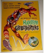 1961 HARLEM GLOBETROTTERS Souvenir Program Booklet - $10.00