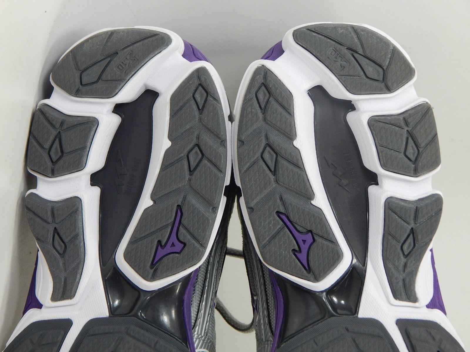 Mizuno Wave Sky Size US 7.5 M (B) EU 38 Women's Running Shoes Silver Purple