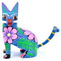 Handmade Alebrijes Oaxacan Wood Carved Painted Folk Art Sitting Cat Figurine