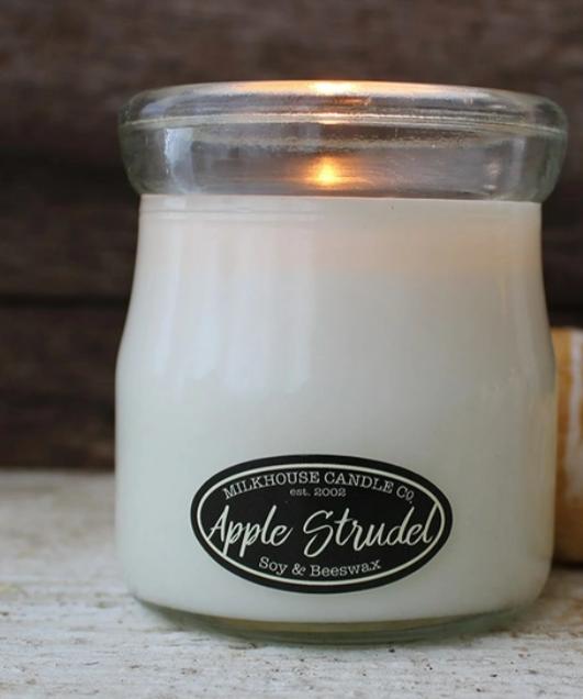 Cream jar apple strudel