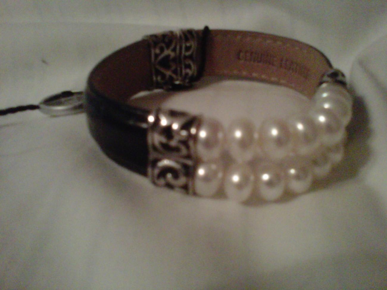 honora silver black leather pearl bracelet nwt pearl. Black Bedroom Furniture Sets. Home Design Ideas